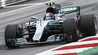 Valtteri Bottas v závodě v Rakousku