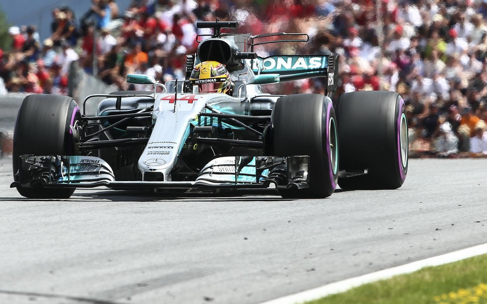 Lewis Hamilton s Mercedesem