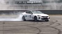 Nová Kia Stinger GT předvedla, jak ostrá umí být