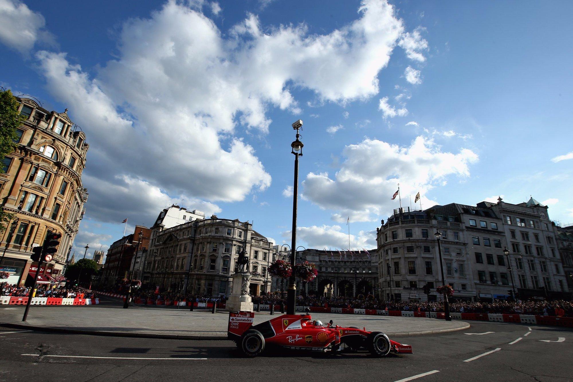 Sebastian Vettel s Ferrari v akci