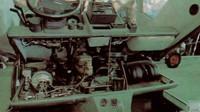 Pangolina 444GT - Odklopená palubní deska byla jediným přístupem k motoru