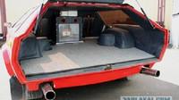 Pangolina 444GT nabízela praktický zavazadlový prostor