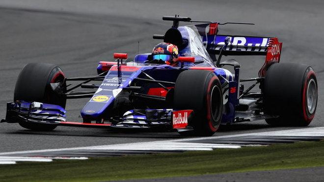 Daniil Kvjat v Silverstone