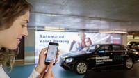 Revoluční systém autonomního parkování představila automobilka Mercedes-Benz ve spolupráci se společností Bosch