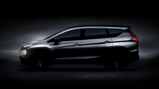 Automobilka Mitsubishi brzy odhalí svůj nový model kombinující prvky crossoveru a MPV