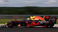 Ricciardo překvapuje - opět poráží Vettela i Mercedesy, velké havárie nechyběly - anotační foto