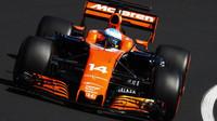 Fernando Alonso dojel v Maďarsku šestý před Carlosem Sainzem