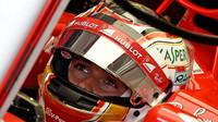 Charles Leclerc testuje první den vůz Ferrari SF70H v Maďarsku
