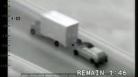 záznam zlodějů vykrádajících kamiony za jízdy