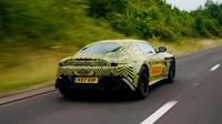 První oficiální snímky vozu Aston Martin Vantage