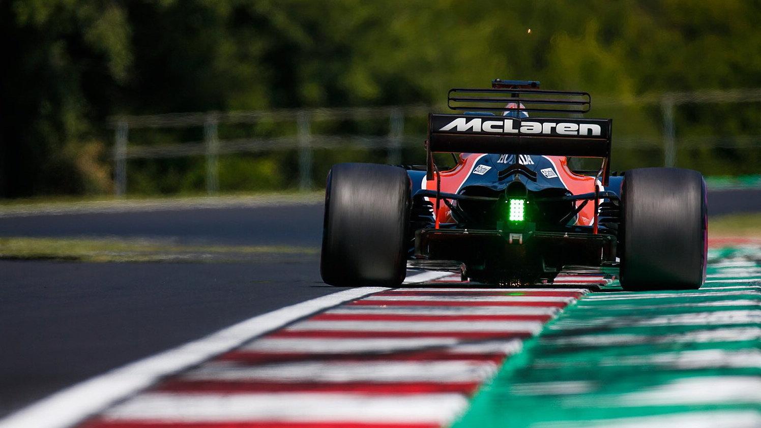 Lando Norris touží u McLarenu po roli závodního pilota, stane se nástupcem Fernanda Alonsa?