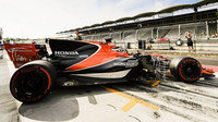 McLaren poháněný Hondou při testech v Maďarsku