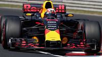 Pierre Gasly testuje druhý den vůz Red Bull RB13 - Renault v Maďarsku