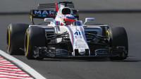 Luca Ghiotto testuje druhý den vůz Williams FW38 - Mercedes v Maďarsku