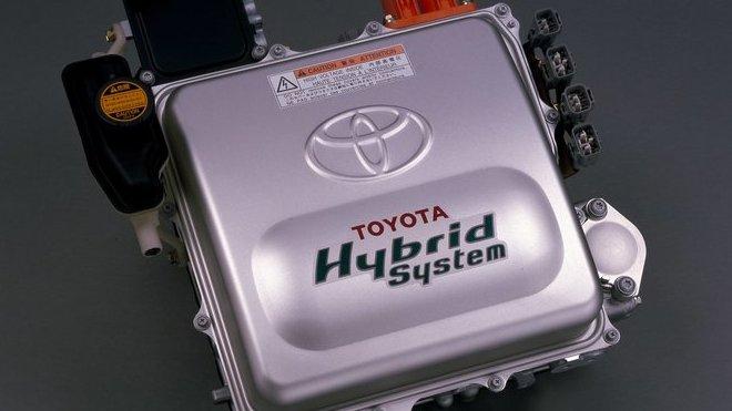Pohonný systém Toyoty Prius z roku 1997