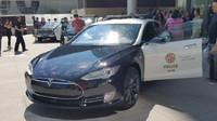 Tesla Model S ve službách LAPD