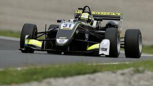 Norris se konečně dočká jízdy s monopostem - o víkendu bude na dráze testovat vůz F3 - anotační obrázek