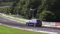 Volkswagen Tiguan R během testování na Nürburgringu