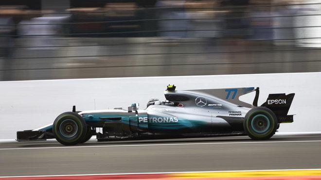 Valtteri Bottas s Mercedesem F1 W08 EQ Power+ v Belgii