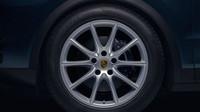 První snímky nové generace Porsche Cayenne