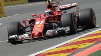 Kimi Räikkönen v závodě v Belgii