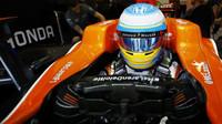 Fernado Alonso před závodem v Belgii