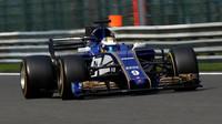Marcus Ericsson za použití DRS v závodě v Belgii