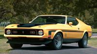 """Původní """"Eleanor"""" byl Ford Mustang SportsRoof z roku 1971, který však dostal masku z modelu Mach 1 1973"""