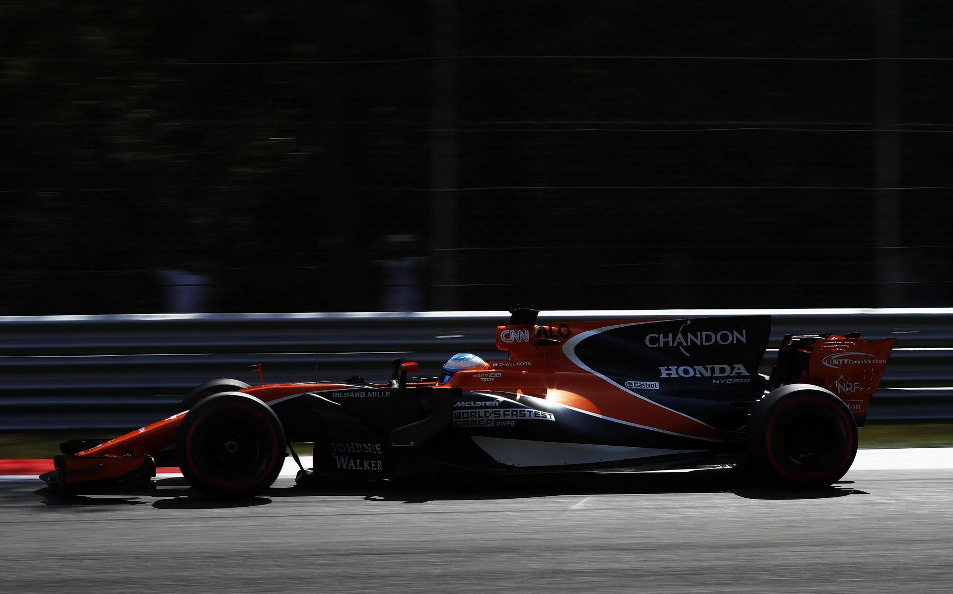 Fernando Alonso se těší na skvělou příležitost, kterou pro McLaren bude Singapur představovat
