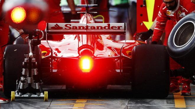 Ferrari se nevzdává... Ale má vůbec na výběr?
