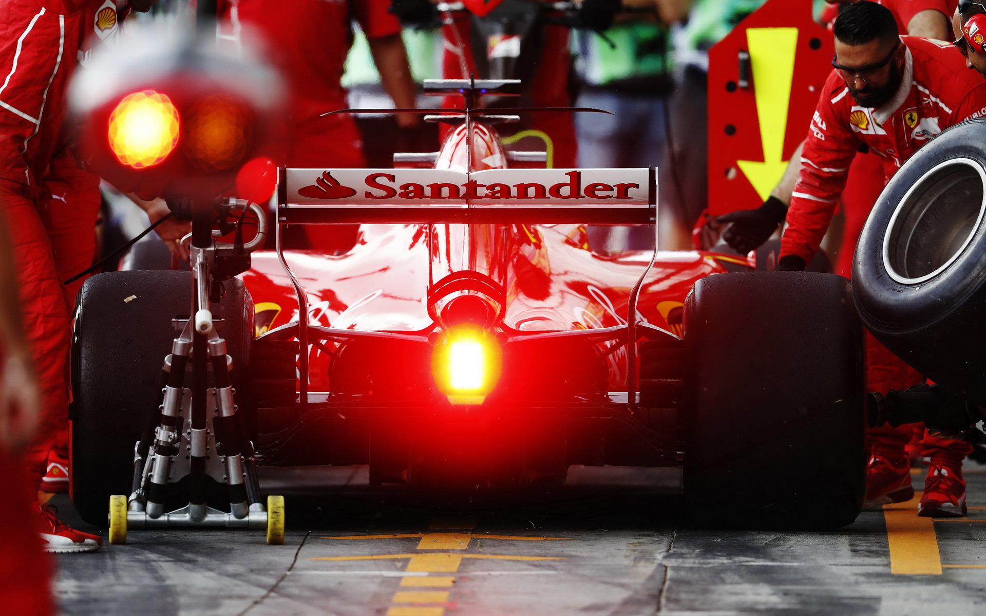 Ferrari se ve druhé části sezóny zhoršilo, za očekáváním zaostal také vývoj pohonné jednotky