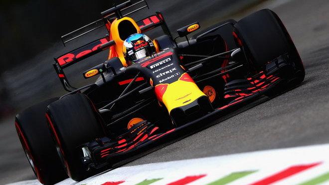 Daniel Ricciardo při tréninku v Itálii