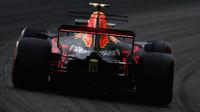 Max Verstappen s Red Bullem RB13 v Itálii