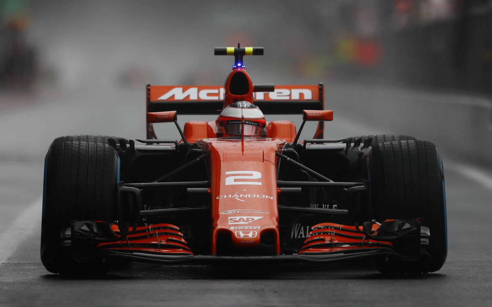 Kvalifikace za deště byla v Itálii náročná, Vandoorne s McLarenem přesto dokázal postoupit do Q3