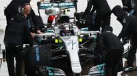 Valtteri Bottas za deštivé kvalifikace v Itálii