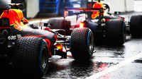 Daniel Ricciardo a Max Verstappen za deštivé kvalifikace v Itálii