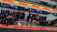 Boxy týmu Red Bull za deštivé kvalifikace v Itálii