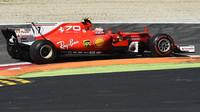 Kimi Räikkönen s Ferrari na Monze dojel až pátý za Danielem Ricciardem