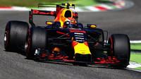 Max Verstappen v závodě v Itálii