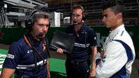 Pascal Wehrlein a Xevi Pujolar před závodem v Itálii