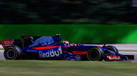 Carlos Sainz v závodě v Itálii