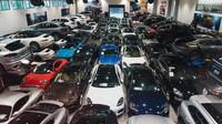 Záběry z autosalonu Porsche West Broward