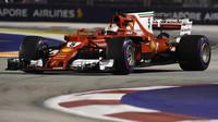 Vettelův motor je po nehodě v Singapuru v pořádku, kolik komponent piloti už využili? - anotační obrázek