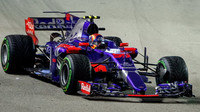 Villeneuve Hondě nevěří: Toro Rosso jde do velkého rizika, celý její projekt byl špatný - anotační foto