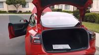 Nová Tesla Model 3 nabídne skutečně prostorný a dobře přístupný zavazadlový prostor