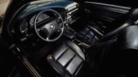 BMW e36 323iS použité během filmu Rychle a zběsile 2