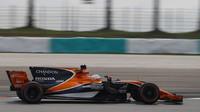 Fernando Alonso v tréninku v Malajsii