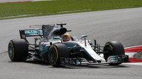 Hamilton nejrychlejší i potřetí. Vettel v těsném závěsu - anotační foto