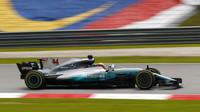 Lewis Hamilton v tréninku v Malajsii