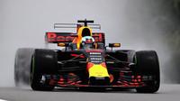 Daniel Ricciardo v deštivém tréninku v Malajsii